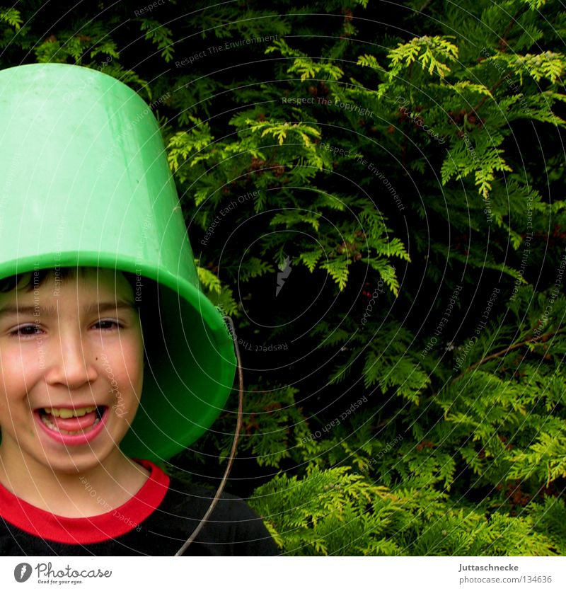 Child Joy Dark Boy (child) Laughter Funny Happiness Mysterious Hide Grinning Sounds of levity Hiding place Bucket Camouflage Headless Tub
