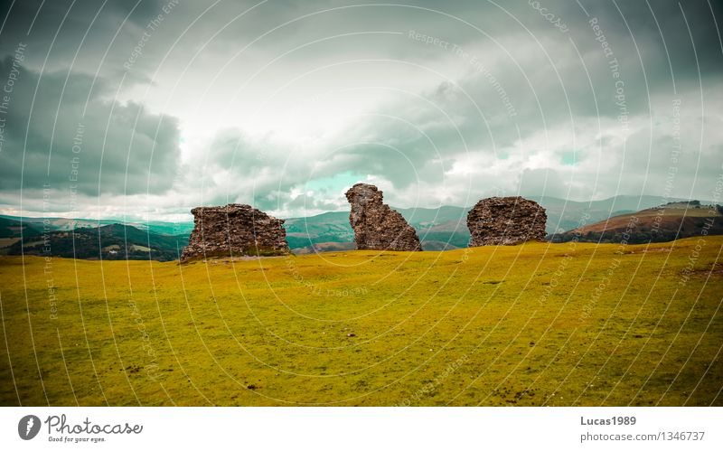 Nature Vacation & Travel Old Green Landscape Clouds Environment Wall (building) Meadow Grass Wall (barrier) Freedom Facade Rain Tourism Wind