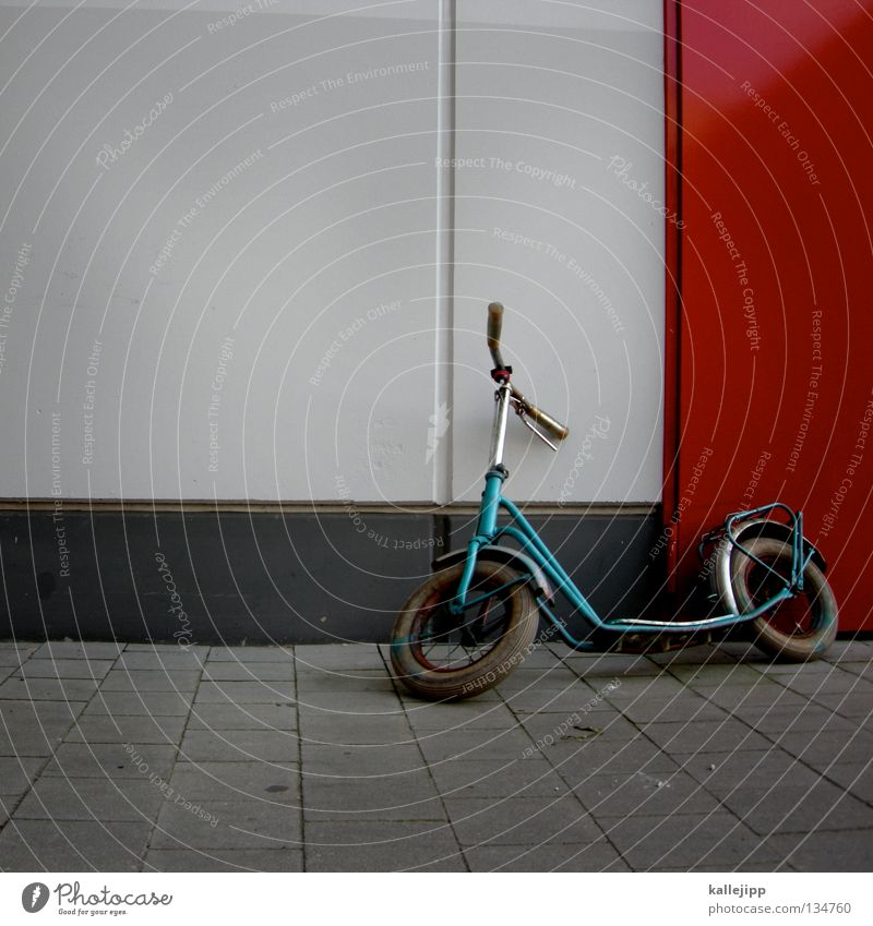 Old Green Red Wall (building) Playing Door Infancy Childhood memory Toys Memory Vintage car Scooter Brakes Spokes Bicycle handlebars Footstep