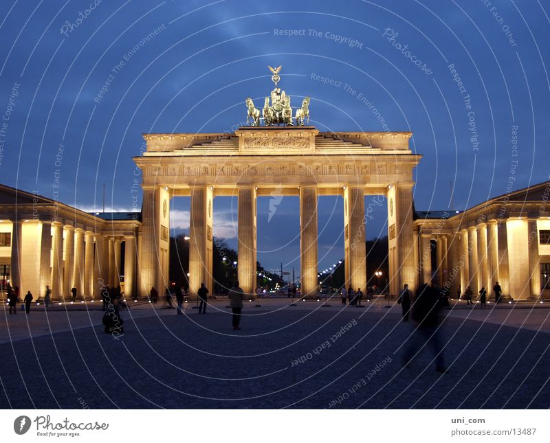 Brandenburg Gate Pariser Platz Twilight Lighting Human being Architecture Berlin