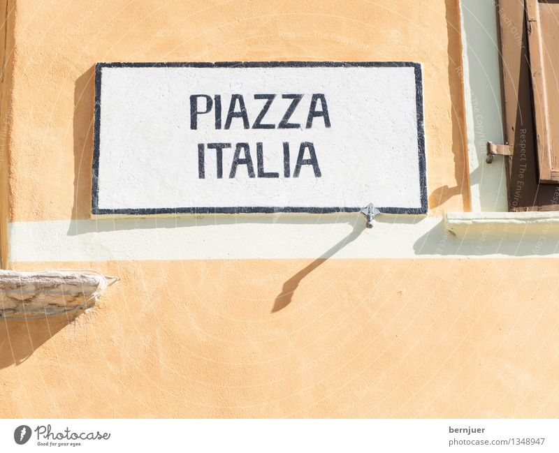 piazza Town Deserted House (Residential Structure) Manmade structures Building Architecture Facade Window Sign Characters Digits and numbers Signs and labeling