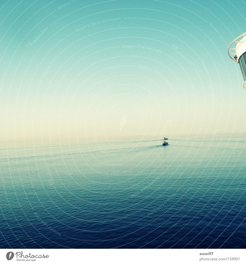 Beautiful Ocean Calm Watercraft Navigation Cruise Pacific Ocean Sun deck