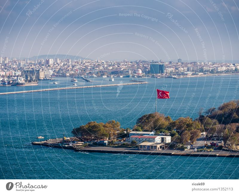 Istanbul Vacation & Travel House (Residential Structure) Water Clouds Town Port City Harbour Manmade structures Building Architecture Tourist Attraction