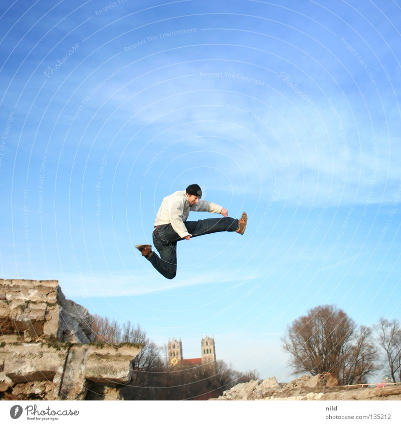 Sky Joy Freedom Movement Jump Tall Action Munich Cap Freestyle Hop 100 Jubilee Bavaria Extreme sports Isar