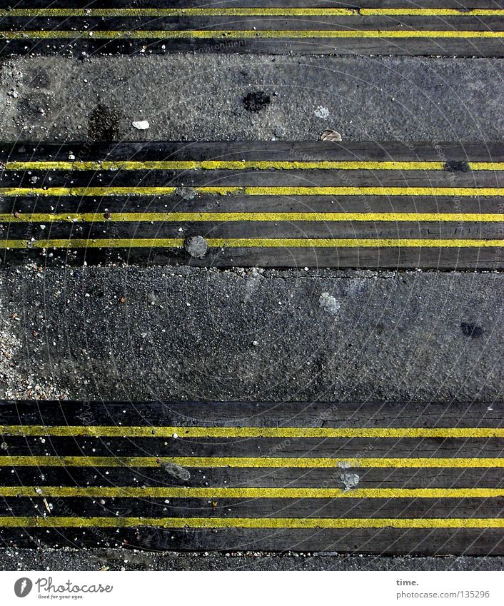 Yellow Stone Line Signs and labeling Stairs Stripe Signage Asphalt Tracks Traffic infrastructure Watchfulness Patch Parallel Tar Classification Gap