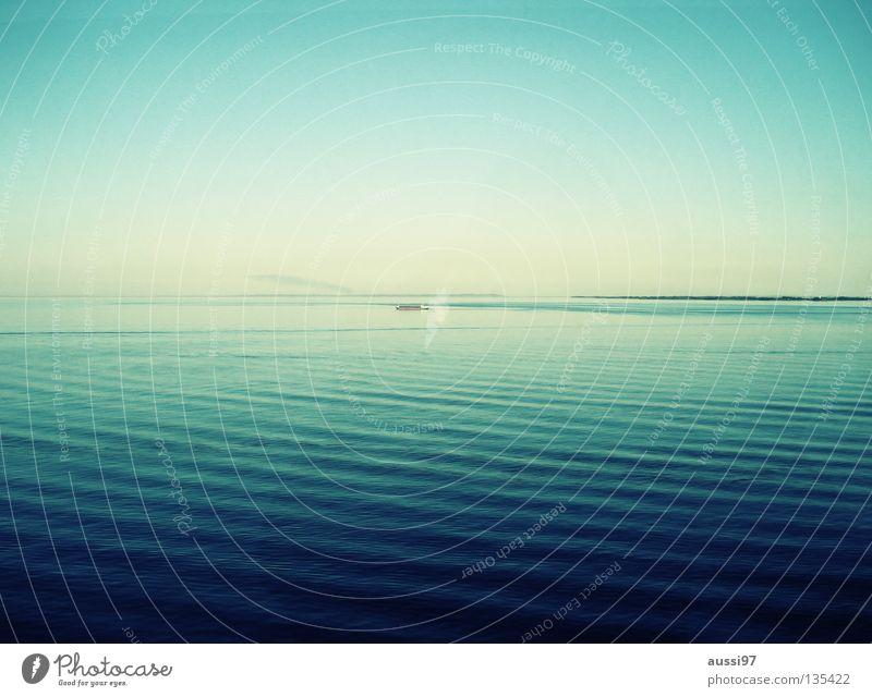 Ocean Calm Playing Watercraft Boredom Cruise Pacific Ocean Sun deck