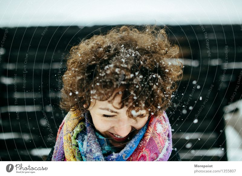 Winter fun Human being Youth (Young adults) Young woman White Joy 18 - 30 years Black Adults Emotions Snow Funny Laughter Happy Hair and hairstyles Head