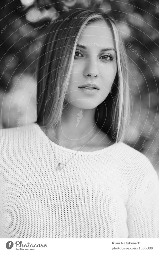 Black and white portrait Young woman Youth (Young adults) Skin Head Hair and hairstyles Face Eyes 1 Human being 18 - 30 years Adults Fashion Clothing Sweater