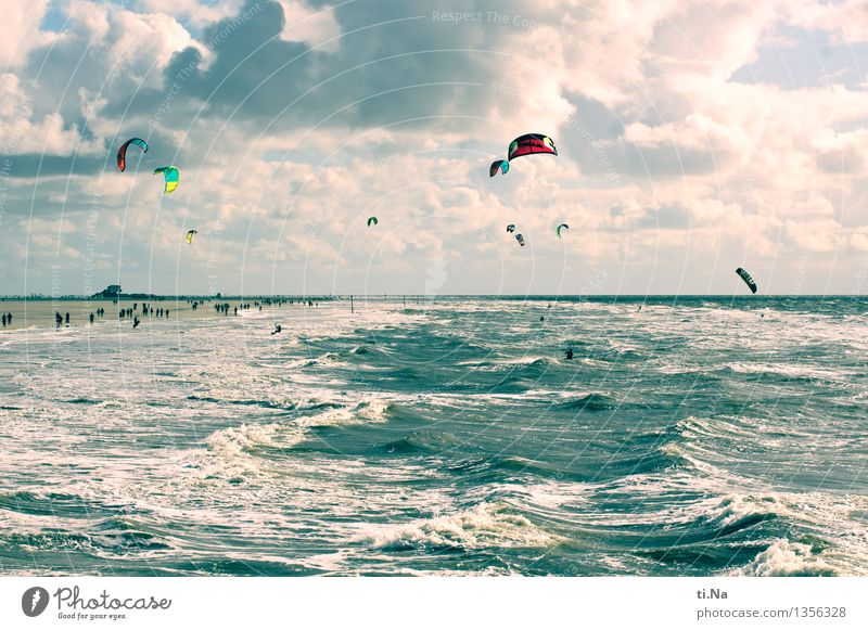 Wind and vastness Aquatics Kiting Water Sky Clouds Horizon North Sea St. Peter-Ording Sports Wet Athletic Blue Turquoise White Moody Joy Power Self Control