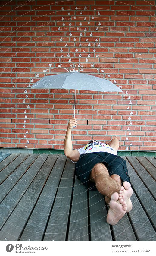 Water Summer Joy Relaxation Autumn Cold Wall (building) Emotions Warmth Wall (barrier) Dream Funny Feet Rain Weather Wet