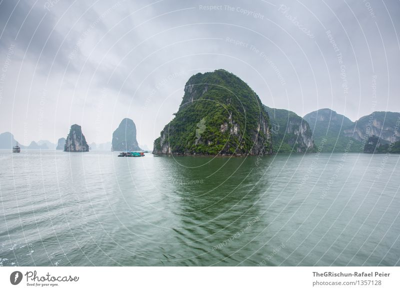 rock Environment Landscape Water Sky Storm clouds Blue Gray Green Silver White Ocean Vietnam Halong bay Rock Moody Clouds Thunder and lightning