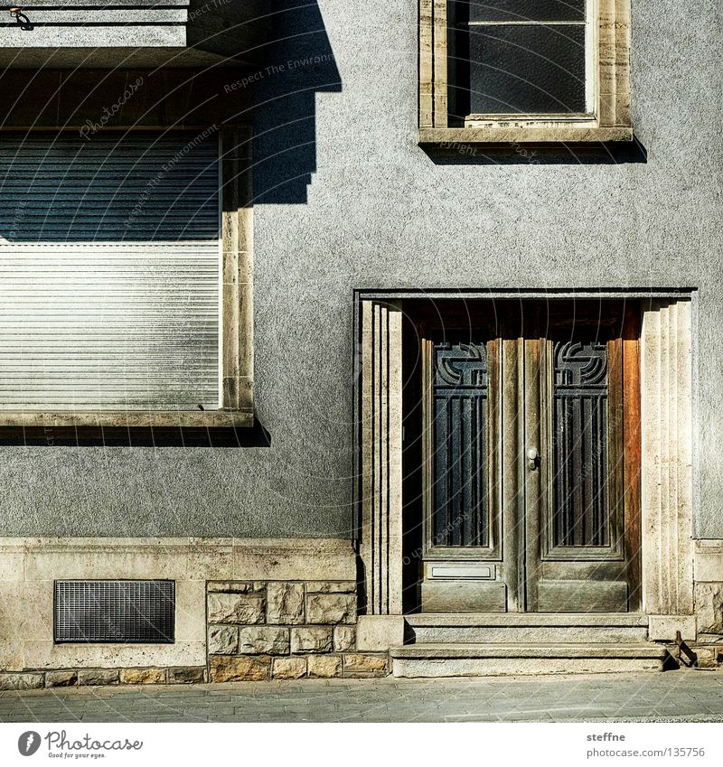 City Loneliness House (Residential Structure) Street Life Window Wall (building) Wall (barrier) Line Door Elegant Flat (apartment) Facade Gloomy Living or residing Derelict