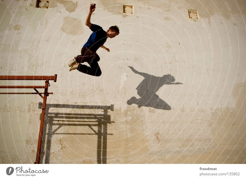 parallel flight Parkour Jump Back somersault Backwards Back-light Switzerland Sports Acrobatic Airplane Body control Brave Risk Skillful Easygoing Spirited