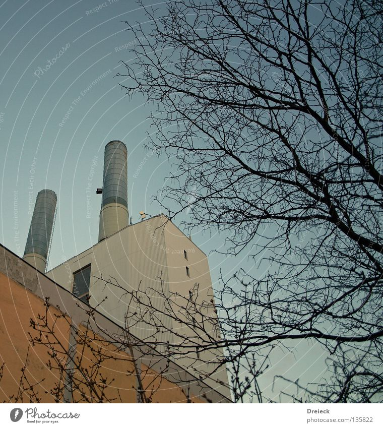 power plant Chimney Environment Environmental pollution Industry Electricity generating station Emission Worm's-eye view Upward Vertical Clear sky Cloudless sky