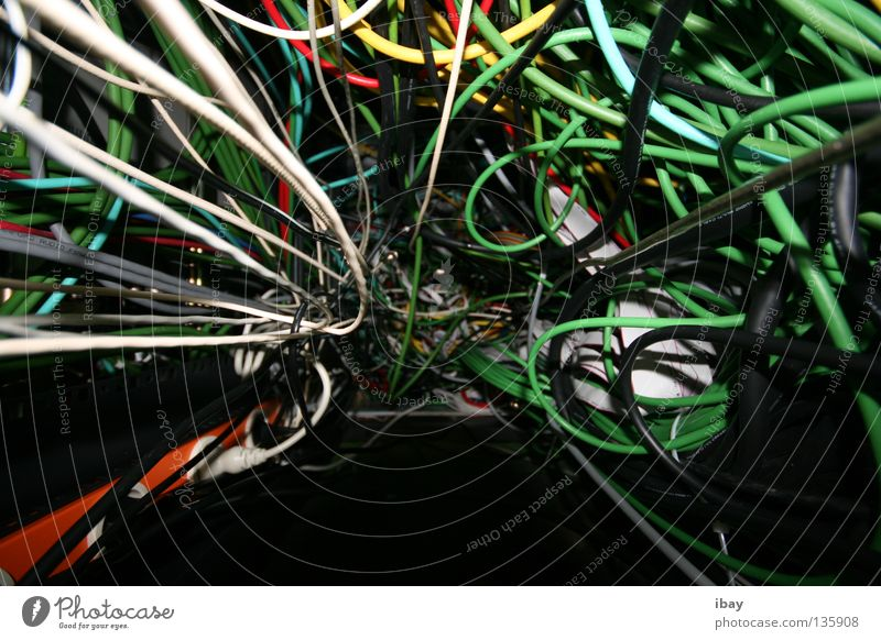 Network Technology Cable Media Radio (broadcasting) Information Technology Chaos Muddled Transmission lines Knot Lettuce Data Electronics Electrical equipment