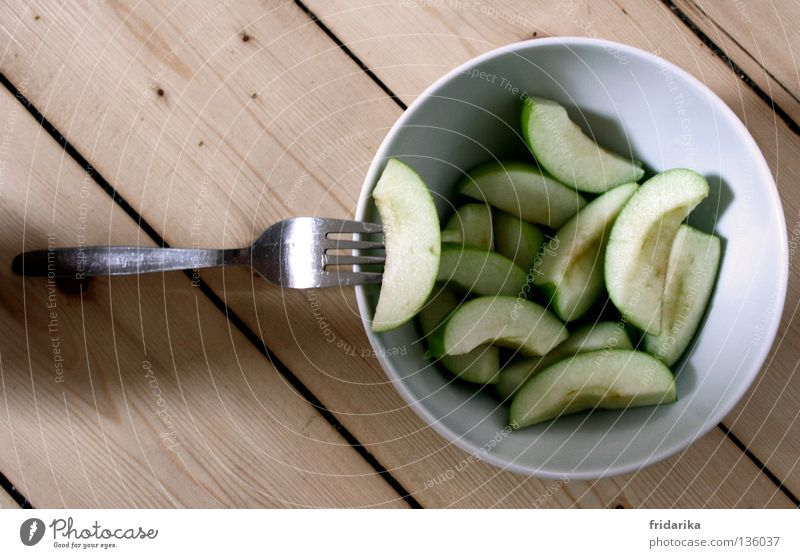 apple pieces I Fruit Apple Nutrition Eating Organic produce Diet Juice Bowl Cutlery Fork Healthy Wellness Life Harmonious Cure Fresh Juicy Green White Diagonal