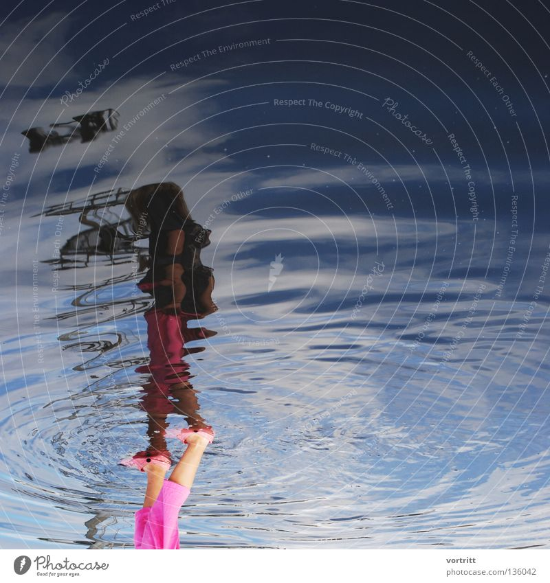 Human being Woman Water Blue Vacation & Travel Girl Dark Waves Going Pink Flying Stand Circle To go for a walk Things Reflection