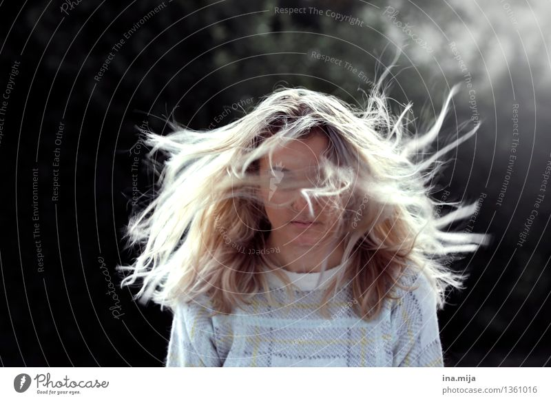 Human being Woman Youth (Young adults) Young woman 18 - 30 years Adults Life Movement Feminine Hair and hairstyles Moody Dream Power Wind Blonde Uniqueness