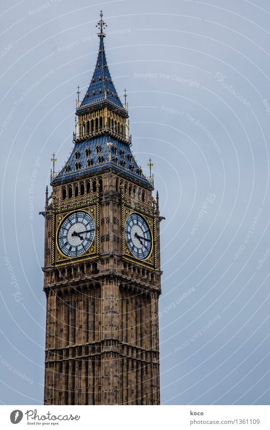 BIG. BEN. Sky Cloudless sky London England Great Britain Europe Town Capital city Downtown Old town Deserted Palace Castle Tower Manmade structures Clock tower