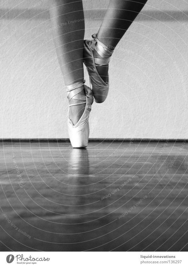 ballet Ballet Parquet floor Art Culture Woman Dance Posture pointe shoes Sports Training Pattern Music Legs Dancer Dancing shoes Ballet shoe Black & white photo