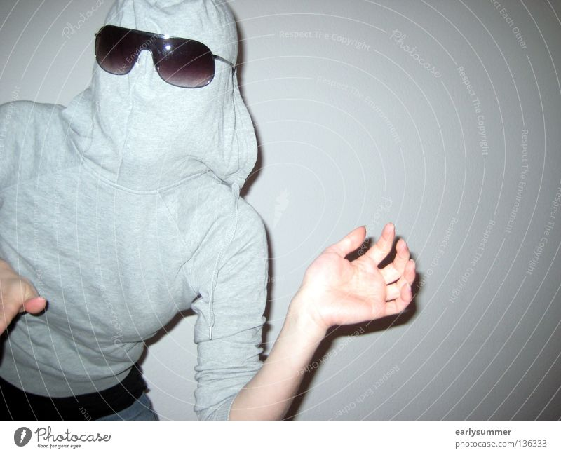 Hooded person with sunglasses Dangerous Frightening Scare Shock Timidity Rotate Observe Panic Fear Hooded (clothing) Roll-necked sweater Zipper Hand Wave