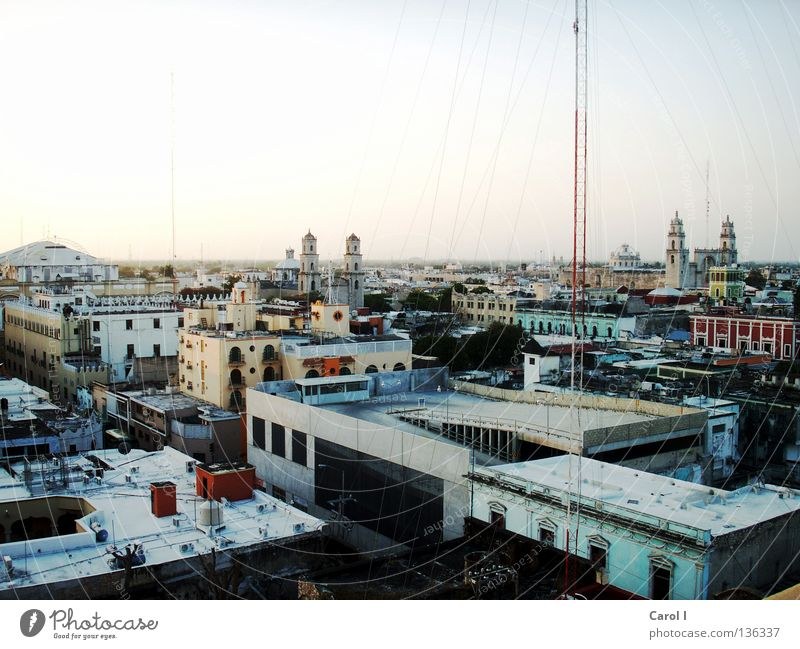Merida Mérida Town Movement Life House (Residential Structure) Crane Vacation & Travel Tin Large Peninsula Tourist Roof Inhabited Morning Mexico Panorama (View)
