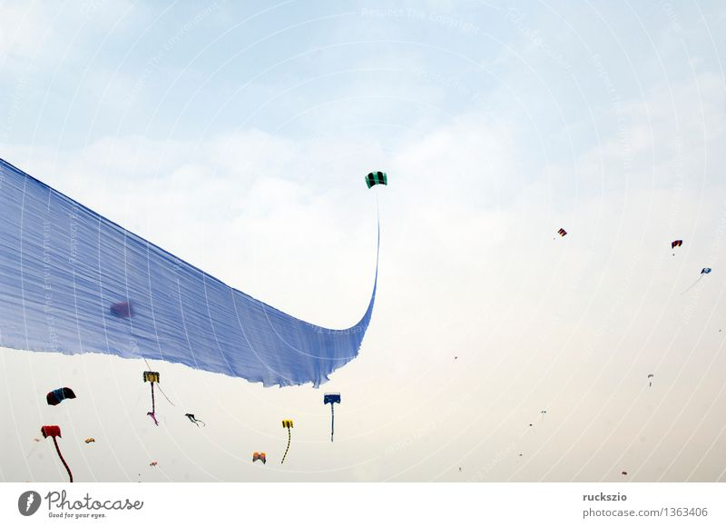 Kites, big kites, wind kites, Leisure and hobbies Playing Handicraft Vacation & Travel Beach Island Pilot Landscape Air Cloudless sky Wind Coast Sail Aircraft