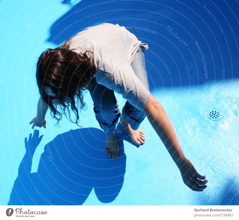 Woman Water Blue Sun Summer Joy Movement Feet Dance Swimming & Bathing T-shirt Jeans Swimming pool Dry Flow Thirst