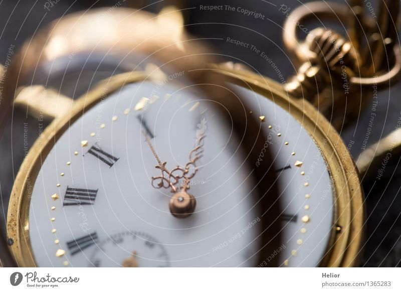 Old White Black Yellow Gray Time Metal Glittering Clock Gold Glass Things Gold Transience Retro Clock face