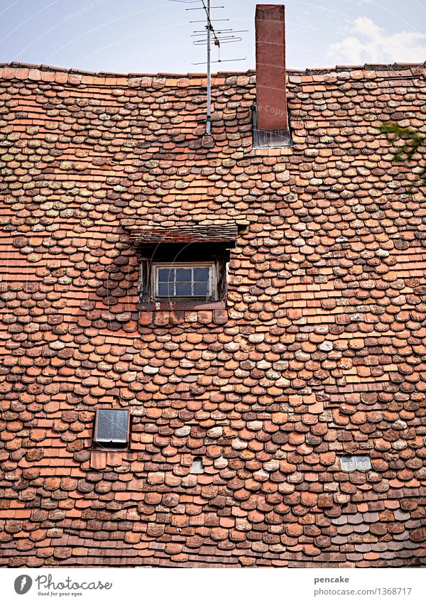 Sky Old House (Residential Structure) Window Life Architecture Building Uniqueness Sign Roof Historic Castle Tourist Attraction Old town Chimney Antenna