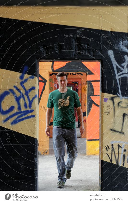 transition Leisure and hobbies Graffiti Design Stripe Human being Masculine Man Adults Life Body Arm Legs 1 30 - 45 years Art Youth culture Subculture