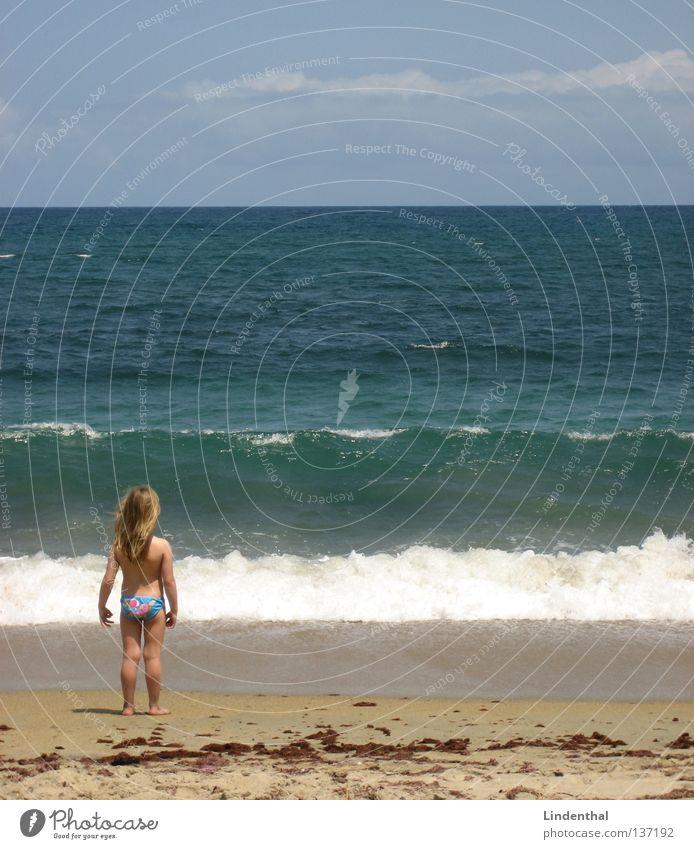 Child Girl Ocean Beach Coast Perspective Foam Enthusiasm Cliff Marvel Crouch