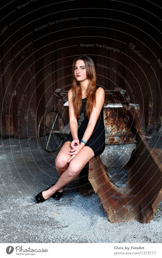 chris_by_photoart Feminine Young woman Youth (Young adults) Woman Adults 1 Human being 13 - 18 years Duisburg Industrial plant Dress Accessory Piercing