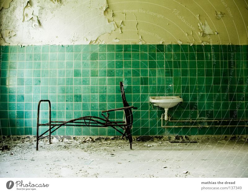 Old Water Green Beautiful Loneliness Calm Death Wall (building) Legs Line Room Dirty Large Sleep Broken Corner