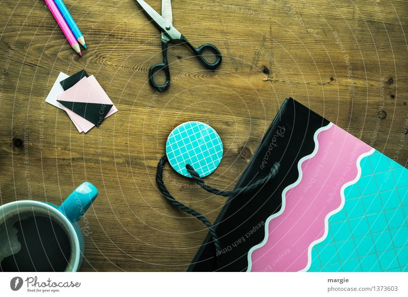 Handicraft lesson: gift wrap with coffee cup, scissors and a nice bag Beverage Hot drink Coffee Cup Leisure and hobbies Playing Home improvement Stationery