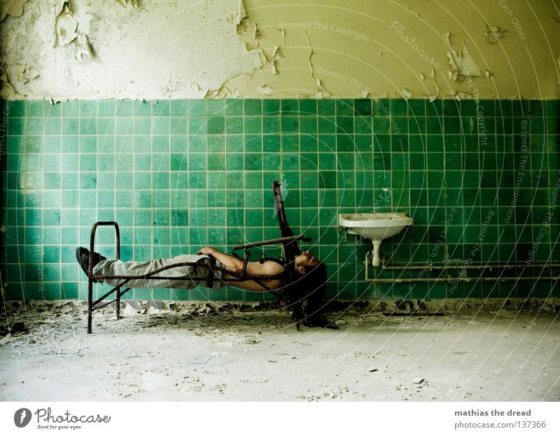 Man Old Water Green Beautiful Loneliness Calm Relaxation Death Wall (building) Hair and hairstyles Legs Line Room Dirty Arm