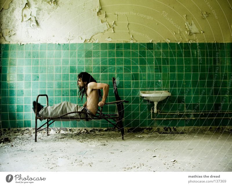Man Old Water Green Beautiful Loneliness Calm Relaxation Death Wall (building) Hair and hairstyles Legs Line Room Power Dirty