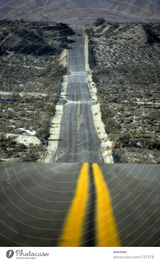 Yellow Street Mountain Lanes & trails Line Transport Perspective USA Desert Long Americas Downward Arizona Right ahead Center line
