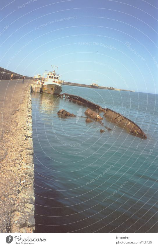 Old Sun Watercraft Technology Harbour Rust Wreck Electrical equipment
