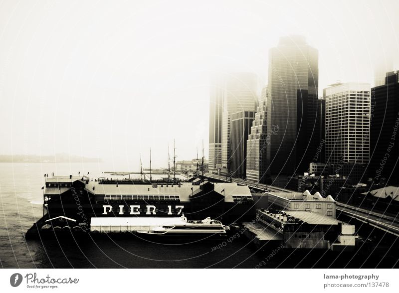 PIER 17 New York City Manhattan Americas Fog Smog Watercraft Sport boats High-rise House (Residential Structure) East River Ocean Jetty Romance