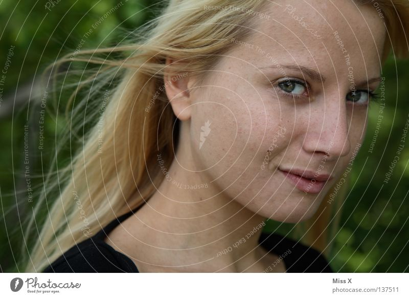 Woman Youth (Young adults) Joy Face Eyes Laughter Hair and hairstyles Blonde Adults Grinning Backward In transit Young woman Bedroom eyes 18 - 30 years