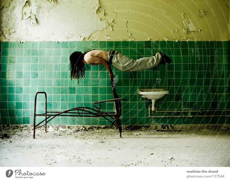 Old Water Green Beautiful Loneliness Calm Relaxation Death Cold Wall (building) Hair and hairstyles Legs Funny Line Room Contentment