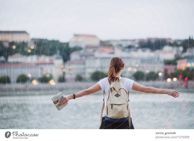 Human being Vacation & Travel Youth (Young adults) Summer Young woman Far-off places 18 - 30 years Adults Life Lifestyle Freedom Tourism Leisure and hobbies Hiking 13 - 18 years Trip
