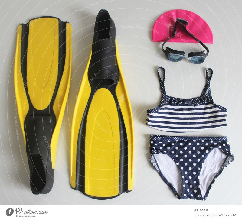 bathing day Life Contentment Swimming pool Swimming & Bathing Leisure and hobbies Vacation & Travel Tourism Beach Ocean Fitness Sports Training Swimming goggles
