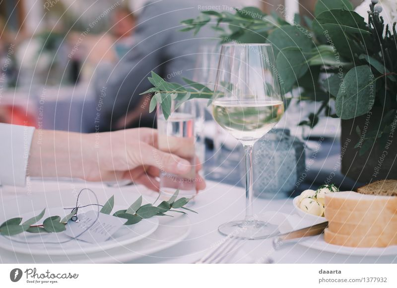 moment of water Food Bread Butter Beverage Wine Sparkling wine Prosecco Water Glass Lifestyle Elegant Style Joy Harmonious Leisure and hobbies Adventure Freedom