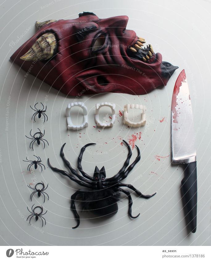Be prepared! Night life Feasts & Celebrations Carnival Hallowe'en Stage play Subculture Accessory Mask Spider Devil Knives Blood Aggression Exceptional Threat