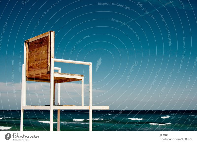 Water Sky Ocean Summer Vacation & Travel Waves Search Horizon Safety Places Dangerous Chair Threat Observe Swimming & Bathing
