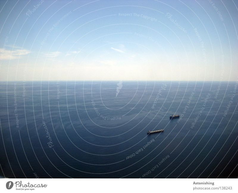 Water Sky Ocean Blue Clouds Far-off places Watercraft Horizon Level Infinity Navigation Oil tanker Image format