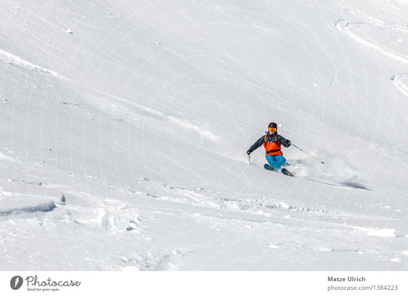 freeskiing Sports Winter sports Skiing Skis Free skiing Deep snow Slope Masculine Young man Youth (Young adults) Man Adults 1 Human being Environment Nature