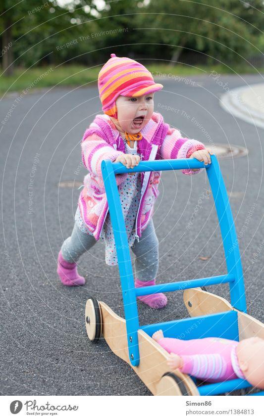 Human being Girl Street Emotions Feminine Moody Walking Baby Athletic Toddler Scream Doll 0 - 12 months